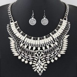 collier blanc fantaisie mode fashion