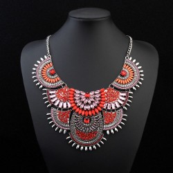 collier rouge andrea