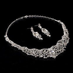 Parure strass blanc style mariage