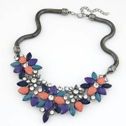 Collier multicolore modèle Ahtii