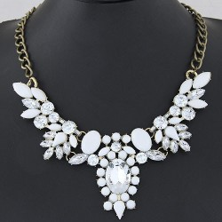Collier blanc mode fashion