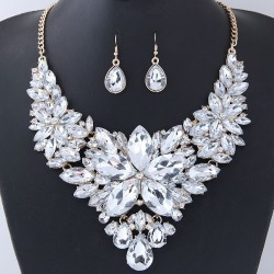 Collier strass blancs modèle Addonis
